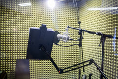 Малая профессиональная студия звукозаписи Стоковые Изображения RF