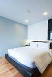 Малая спальня стоковые фото