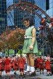 Маленькая гигантская девушка Стоковое Изображение