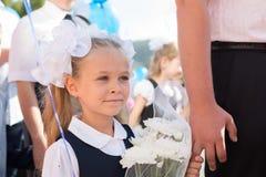 Маленькая девочка в первом дне школы Стоковое Фото