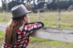 Маленькая девочка в природе Стоковое Изображение RF