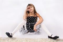 Думать маленькой девочки Стоковые Фотографии RF
