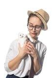 Маленькая девочка в строгих стеклах с белой крысой 5 стоковое изображение