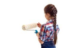 Маленькая девочка держа белый крен Стоковые Фотографии RF