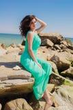 Маленькая девочка на пляже лета Стоковые Изображения
