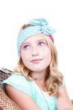 Маленькая девочка нося винтажный держатель Стоковые Изображения RF