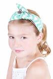Маленькая девочка нося винтажный держатель Стоковое Изображение RF