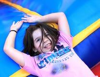 Маленькая девочка ослабляя Стоковое Изображение RF