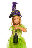 Маленькая девочка с latten в платье хеллоуина феи Стоковые Изображения RF