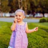 Маленькая девочка стоковое изображение rf