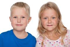 Маленькие белокурые дети Стоковые Изображения