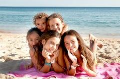 Маленькие девочки стоковые изображения rf