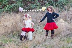 Маленькие девочки outdoors Стоковые Фото