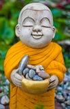 Маленькие статуи монаха. Стоковые Изображения