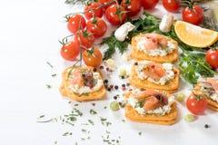 Маленькие salmon сандвичи стоковое фото