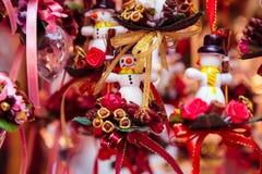 Маленькие snowmans как подарки и украшения для рождества Стоковые Изображения RF