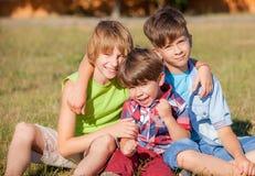 Маленький брат в парке Стоковые Фото