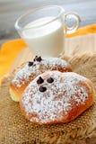 Маленький завтрак бриошей стоковая фотография