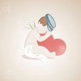 Маленький милый купидон обнимая большое сердце Стоковые Фотографии RF