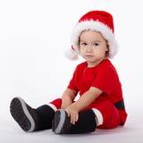Маленький милый мальчик с шляпой Санты Стоковое Изображение RF
