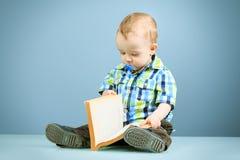 Маленький писатель стоковые изображения