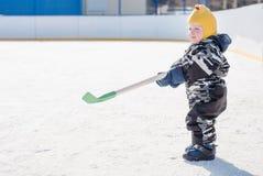 Маленький хоккеист Стоковая Фотография RF