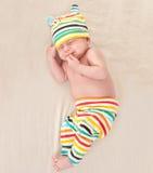Маленький newborn мечтать младенца Стоковое Изображение