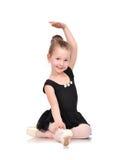 Маленькое усаживание балерины Стоковые Изображения RF