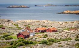 Малое собрание домов рыболовов в Bohuslän, Швеции Стоковые Фото