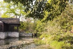 Малое спрятанное здание сада легендарное Стоковая Фотография