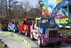 Малые автомобили в парке потехи Стоковое Фото