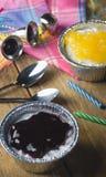 Малые пироги персика и голубики Стоковая Фотография RF