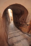 Малые проход и лестницы в среднеземноморском, Menton Франция Стоковое Фото