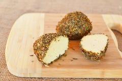 Малые швейцарские шарики Belper Knolle трудного сыра сделанное от молока ` s коровы Стоковое Фото