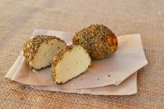 Малые швейцарские шарики Belper Knolle трудного сыра сделанное от молока ` s коровы Стоковое фото RF