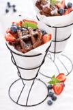 Малые waffles шоколада в конусах Стоковое Изображение RF