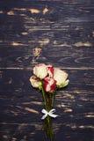 Малый букет роз брызга, плоская съемка положения Стоковое Изображение RF