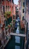 Малый канал в Венеции, Италии. стоковое фото rf