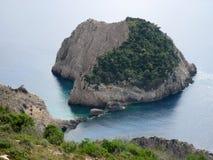 Малый остров на пути к пляжу Selina, остров Zante Стоковые Фото