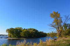Малый остров на реке Миссисипи Стоковое Изображение