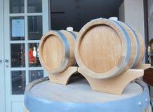 2 малых деревянных бочонка Стоковые Изображения