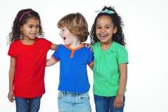 3 малых дет стоя в линии Стоковое фото RF