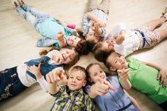 малыши группы счастливые Стоковое Изображение RF