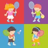 малыши играя теннис Стоковая Фотография