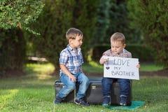 малыши паркуют играть Стоковое фото RF