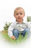 Мальчик в белой рубашке стоковые фотографии rf