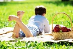 Мальчик в парке Стоковая Фотография