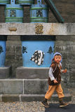 Мальчик в токио стоковая фотография