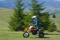 Мальчик гонщика Motocross Стоковая Фотография