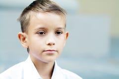 Мальчик 10 лет Стоковое Изображение